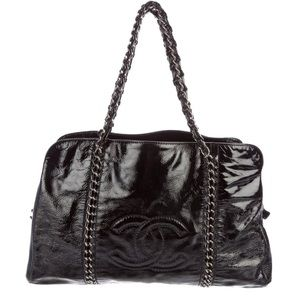 CHANEL | Luxe Linge Patent Leather Tote Bag